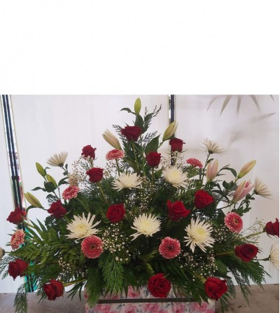 centro funeral rosas rojas